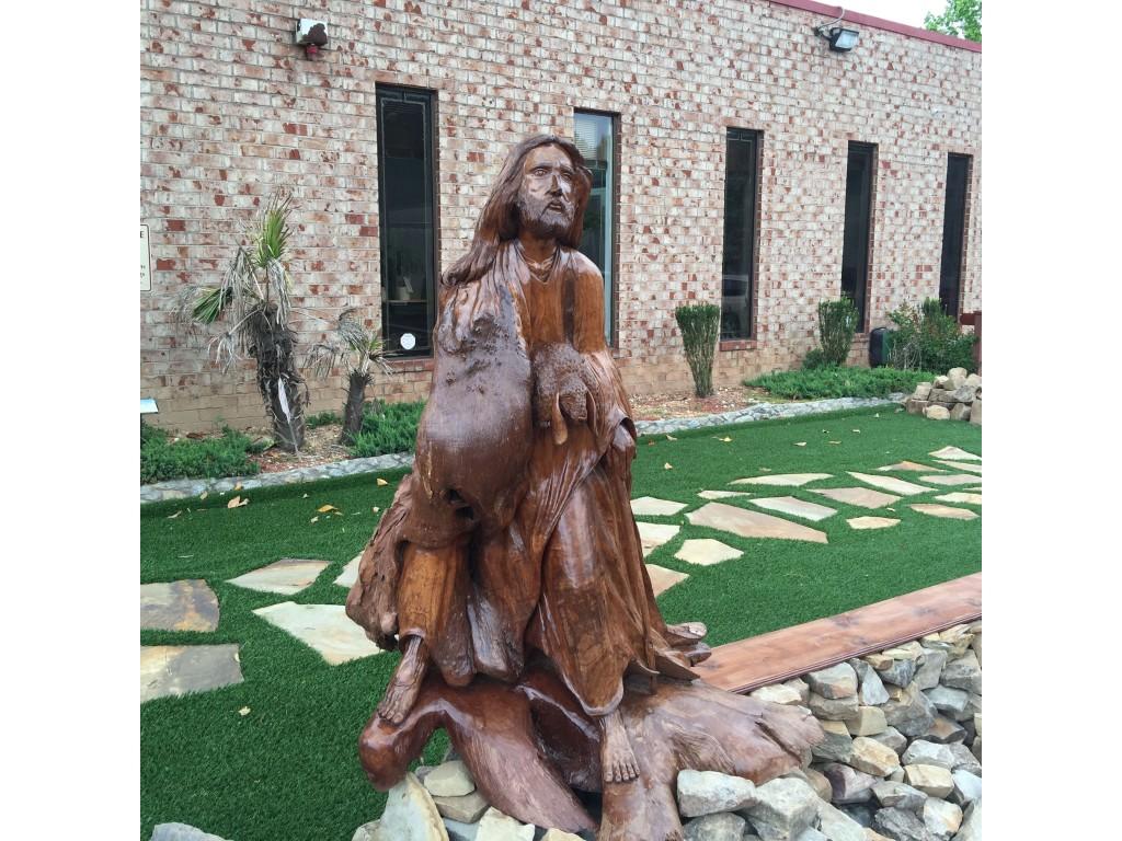 (Jesus statue)